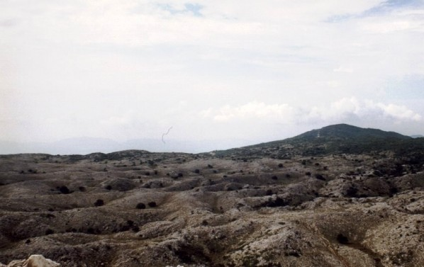 Mondlandschaft am Pantokratorgipfel