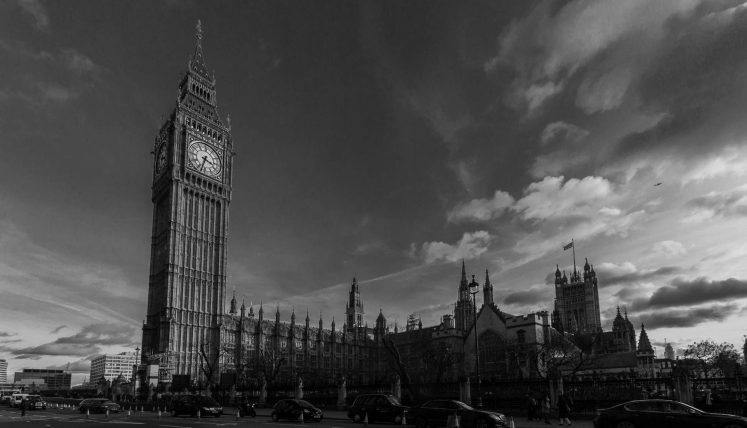 Big Ben & House of Parliaments